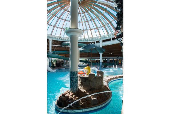 aqua dome water sports tralee kerry. Black Bedroom Furniture Sets. Home Design Ideas